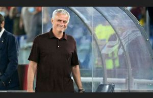 Mourinho Marks His 1000th Career Match With A Dramatic Win