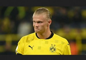 "Keeping Erling Haaland At Borussia Dortmund In 2022 ""Will Be Difficult"" Says Club CEO Hans-Joachim Watzke,"