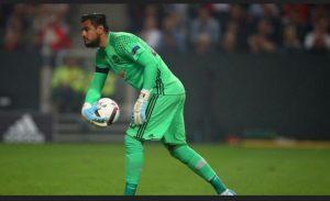 Former Manchester United Goalkeeper Sergio Romero joins Venezia on free transfer